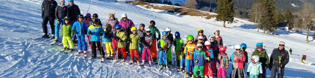 Erster Gemeinsamer Skivormittag aller Kids Aktiv im Schnee !!